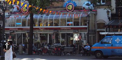 Um dos muitos Coffee Shops encontrados em Amsterdam