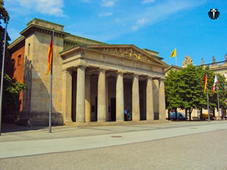 Avenida 17 de Junho, Tiergarten, Memorial da Guerra contra os Soviéticos. Thumb