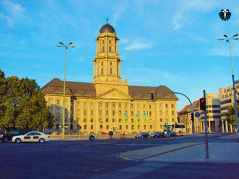 Gendarmenmarkt, Praça pública com arquitetura impressionante. Thumb