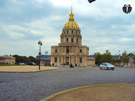 Musée des Invalides, visto pela parte detrás.  Thumb